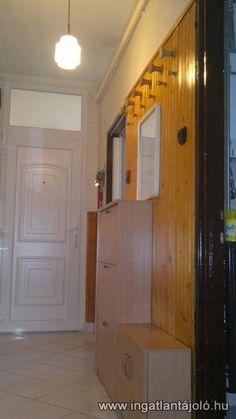 Egerben a Mátyás király úton 3. emeleti felújított 2 szobás, erkélyes lakás szigetelt házban eladó!- az épület 1970-ben épült téglából- 2005-ben teljes mértékben felújították (gépészet, burkolatok, nyílászáró stb)- az ingatlant nem lakták a felújít... - Ingatlantájoló.hu