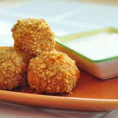These buffalo chicken bites are an appetizer favorite! All the flavors of buffalo chicken dip rolled into balls and baked with a crispy cornflakes coating. White Cheese Dip, Blue Cheese, Buffalo Chicken Bites, Cooking Chicken To Shred, Tasty, Yummy Food, Healthy Food, Healthy Eating, Football Food