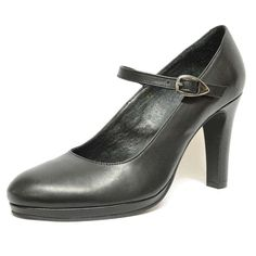 #chaussure #chaussurefemme  #grandetaille  #grandepointure  #femme #mode  #gay  #travesti #talonhaut #habillee