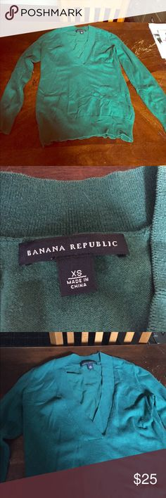 Like new a little wrinkled in my closet Never worn Banana Republic Sweaters V-Necks