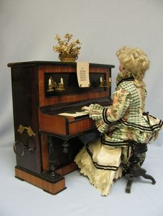 Magnificent Early French Musical Automaton Lady at the Piano by Gustav Vichy