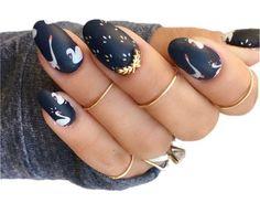 Swan nail art