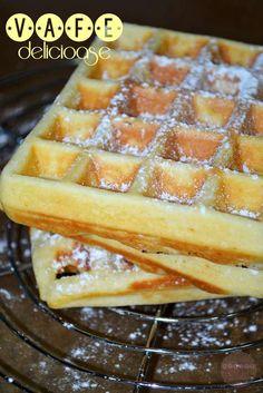 vafe1 Dessert Ideas, Apple Pie, Waffles, Food And Drink, Breakfast, Sweet, Desserts, Morning Coffee, Candy