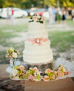 Vintage, white and pink wedding cake | Lauren Liddell Photography | blog.theknot.com