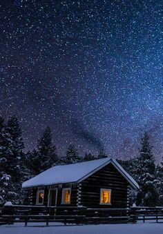 Winter's Night, Big Sky, Montana. can I please spend my honeymoon in a place like this (just without the snow) : Winter's Night, Big Sky, Montana. can I please spend my honeymoon in a place like this (just without the snow) Snow Scenes, Winter Scenes, Beautiful World, Beautiful Places, Beautiful Sky, Big Sky Montana, Montana Winter, Cabin In The Woods, Cabins And Cottages