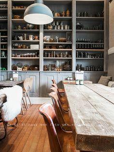 Color inspiration - shelves + fixture - DLC Cafe, Soest - DLV Cafe, Soest