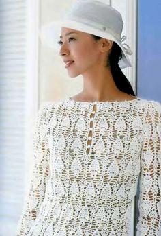 Blusa blanca con piña