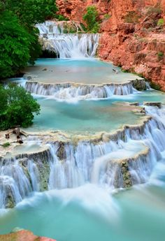 The Havasu Falls (also known as the Havasupai Falls) is an incredible place to hike, swim and camp in Arizona, USA. With incredible water and towering canyons, this is a must-see whilst you're visiting the USA. Beautiful Places To Travel, Cool Places To Visit, Beautiful Places In America, Beautiful Vacation Spots, Best Places To Travel, Havasupai Falls Hike, Beaver Falls, Beaver Creek, Arizona Travel