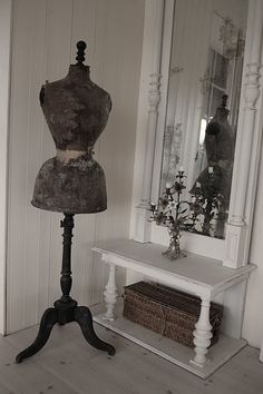 Love the look of a dress makers Judy in a room, never thought of one in an entrance hall.