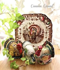Kitchen Bakers Rackits back! 2019 common ground : Kitchen Baker's Rackit's back! The post Kitchen Bakers Rackits back! 2019 appeared first on Holiday ideas. November Thanksgiving, Thanksgiving Blessings, Vintage Thanksgiving, Thanksgiving Turkey, Thanksgiving Decorations, Christmas Decorations, Thanksgiving Dinnerware, Peru, Turkey Plates