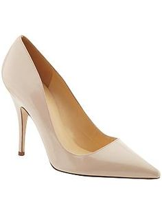 Looking for the perfect pair of nude pumps. Is Kate Spade Licorice Pump it? Neutral Pumps, Nude Pumps, Work Attire Women, Shoe Boutique, Professional Outfits, Crazy Shoes, Pointed Toe Pumps, Work Casual, Work Wear