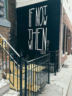 Do you want to know about street art and its types? Well here is an Introduction to Street Art Types: A Beginner's Guide. Art Van, How To Stop Procrastinating, Pics Art, Chalk Art, Les Oeuvres, Branding Design, Logo Design, Inspirational Quotes, Motivational Sayings
