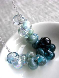 Teal Ombre Gradient Glass Drop Necklace  Aqua Teal por ShySiren, $72.00