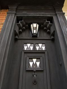 Front door of 78 Derngate, designed by Charles Rennie Mackintosh. The bridge between Art Nouveau and Art Deco. Charles Rennie Mackintosh Designs, Charles Mackintosh, Art Nouveau, Glasgow School Of Art, Arts And Crafts Movement, Art Deco Design, William Morris, Architecture Details, Chris John