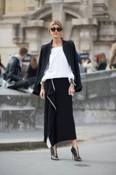Best Paris Fashion Week Street Style | 40plusstyle.com
