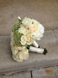 Off White Bridesmaid Bouquets
