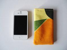 Telefoonhoesje voor iPhone 5 en 5S, oranje, geel en groen met blad printje op Etsy, 5,00€