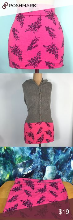 "Wet Seal 🌺 Stretch Foldover Mini Skirt 💜Wet Seal Stretch Foldover Mini Skirt💜 🌸Pink With Black Design Detail🌸  Rock it over your bathing suit at the beach or add a leather jacket and hit the town! Even looks great with a conservative sweater as shown here! Limitless style possibilities for this cute skirt! Size Medium 15"" Wide 13"" Long  🌸Preloved🌸 Minor imprint marks from being on a hanger- should fade away with use/washing. (See photo) Wet Seal Skirts Mini"