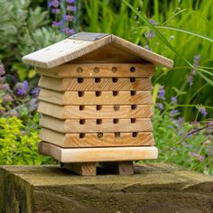 Solitary Bee House - from Sporty's Tool Shop Best Gifts For Gardeners, Carpenter Bee Trap, Bee Traps, Bee Safe, Bee Hive Plans, Mason Bees, Insect Hotel, Bee House, Garden Tool Set