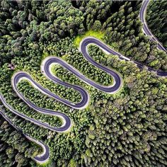Aerial photo sharing site Dronestagram, in collaboration with National Geographic, just announced the winners of their annual international photo contest—ostensibly the best drone photos of Photography Contests, Aerial Photography, Nature Photography, Photography Flowers, Color Photography, Drones, Dji Drone, Fotografia Drone, National Geographic Travel