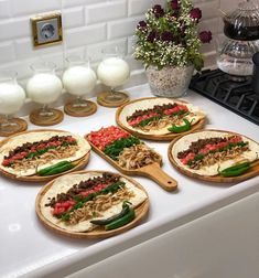 Best Beef Recipes, Freezer Breakfast Sandwiches, Mini Foods, Deco Table, Food Cravings, Food Presentation, Tasty Dishes, Food Art, Food And Drink