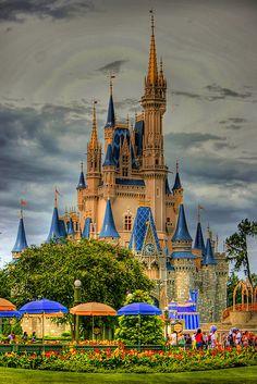 Walt Disney World - Magic Kingdom - Cinderella's Castle