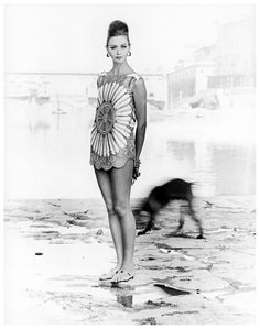 Ina Balke wearing a tunic top by Pucci, Florence, Italy, 1962. Photo: Regina Relang.