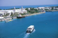 Hamilton Ferry Bermuda takes you to different side of the island