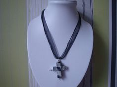 Black and White Cross by traceysjewellery on Etsy, White Crosses, Handmade Jewellery, Black And White, Etsy, Jewelry, Fashion, Moda, Handmade Jewelry, Blanco Y Negro