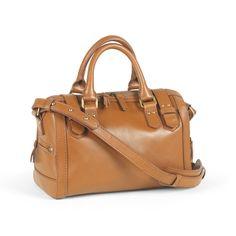 Dean Satchel (Antique Tan)   Designers: Mimi Eayrs & Joanne Lee   Tendencia Bolso inspirada en la maleta del doctor.