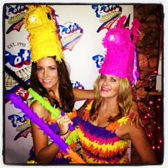 wear dress to measure crepe paper to make sure it stretches!!  pinata, costume, halloween, dyi