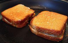 OMG: deze tosti verbergt vanbinnen een wel hele lekkere verrassing…