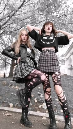 Gothic Outfits, Edgy Outfits, Retro Outfits, Cute Casual Outfits, Goth Girl Outfits, Cute Grunge Outfits, Black Outfits, Swaggy Outfits, Rave Outfits