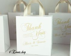 35 Champagne Personalized Wedding Welcome Bags with satin ribbon handles and your names, Elegant wed Wedding Gift Baskets, Wedding Gift Bags, Wedding Welcome Bags, Wedding Favours, Wedding Thank You, Wedding Day, Party Gifts, Party Favors, Hotel Guest