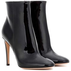 Gianvito Rossi Dree Patent Leather Ankle Boots (€555) ❤ liked on Polyvore featuring shoes, boots, ankle booties, botas, ankle boots, zapatos, black, high-heel, black patent leather booties and black bootie boots