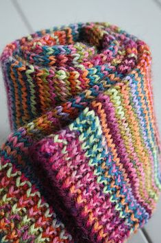 Baby Cocoon, Different Stitches, How To Purl Knit, Knitting Socks, Knit Crochet, Knitting Patterns, Crafty, Handmade, Long Scarf