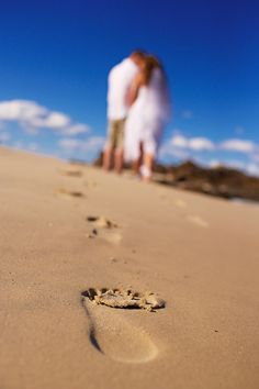 Great photo... Casual Beach Wedding Pictures