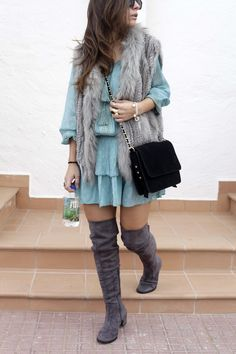 http://www.theguestgirl.com/2016/11/vestido-turquesa-y-botas-altas-grises-casual-look/ #missjune #miss #june #dress #style #boho #chic #outfit #ootd #theguestgirl #longboots #cuissardes #boots #ante #grey #turquoise #chaleco #pelo #style #streetstyle #ootd #outfit #casual #elegant #blogger #barcelona #influencer #spain #inspo #whatiwear #trend #2016 #2017 #xmas #look #fiji #water #hair #kaptenandson
