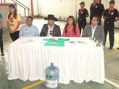 Rafael Juárez Deras, Lily Morales, Humberto Morales y Servidor, Miguel Alcázar en Conferencia de prensa de CRIPCO (Centro de Rehabilitación Integral de Puerto Cortes) Puerto Cortes, Honduras