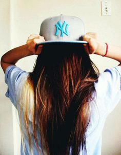 flat bill hats♥love the Yankees hat Yankees Hat, Flat Bill Hats, Girl Swag, Cool Hats, Snap Backs, New York Yankees, Snapback Hats, Gorgeous Hair, Pretty Hair