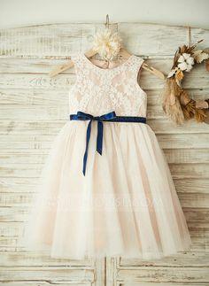 A-Line/Princess Scoop Neck Knee-length Bow(s) Tulle Lace Sleeveless Flower Girl Dress Flower Girl Dress