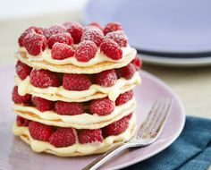 A simply divine creation—These fluffy buttermilk pancakes with Greek yogurt and fresh raspberries are lighter than your regular pancakes. You will want a big stack of these for a perfect Sunday bru… Raspberry Pancakes, Buttermilk Pancakes Fluffy, Tasty Pancakes, Pancakes And Waffles, Breakfast Dishes, Healthy Breakfast Recipes, Healthy Breakfasts, Vegetarian Recipes, Cooking With Honey