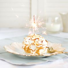 Surprise your wedding guests with Lemon Baked Alaska| thekiwicook
