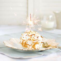 Surprise your wedding guests with Lemon Baked Alaska| thekiwicook