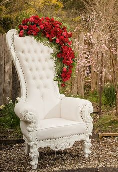 What's New On The Web - The Stylist Splash Whats New, Wingback Chair, Accent Chairs, New Homes, Stylists, Flowers, Furniture, Home Decor, Homemade Home Decor