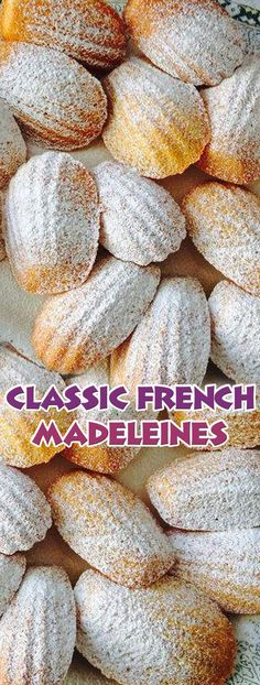 Classic French Madeleines Donut Recipes, Baking Recipes, Cookie Recipes, Dessert Recipes, French Dishes, French Desserts, French Snacks, French Recipes, Tea Cakes