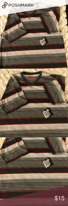 Old Skool Men's Casual Shirt Size 2X Old Skool Men's Striped Casual Shirt. Size XL New with Tags Old Skool Shirts