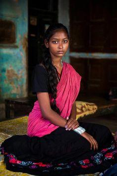 Nous avions déjà parlé du projet Atlas of Beauty de la photographe de mode Mihaela Noroc, qui célèbre la beauté des femmes à travers le monde avec une