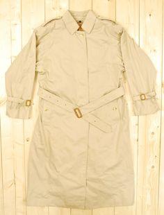 Vintage 1980's Tan Women's BURBERRYS Trenchcoat by PontiacDryGoods