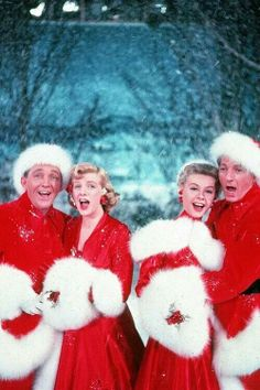 #2. Favorite Holiday Movie - White Christmas oh it's my all time favorit movie.